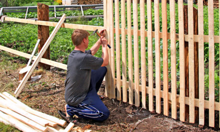 Video: How To Build A Fence