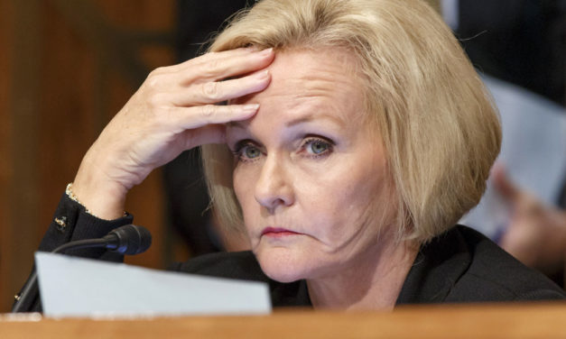 Body Language On Claire McCaskill