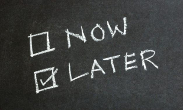 Video: Delayed Gratification Vs. Instant Gratification